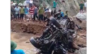 Tìm thấy xe ô tô chở 2 cán bộ biên phòng Thanh Hóa bị lũ cuốn năm 2017