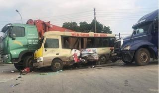 Tai nạn liên hoàn giữa 3 ô tô trên Đại lộ Thăng Long, 3 người trọng thương