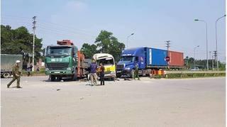 Vụ tai nạn liên hoàn trên Đại lộ Thăng Long: Hai vợ chồng đi xe máy đã tử vong
