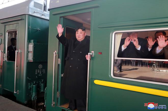 Ông Trump và ông Kim Jong-un sẽ cùng dùng bữa tại Hà Nội