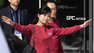 Cận cảnh bóng hồng xinh đẹp tháp tùng ông Kim Jong Un tới Việt Nam