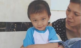 Sức khỏe đáng lo ngại của bé trai từng bị dao đâm xuyên sọ ở Vĩnh Long