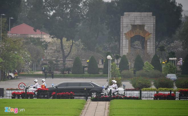 Trước khi về nước, ông Kim Jong Un vào Lăng viếng Chủ tịch Hồ Chí Minh
