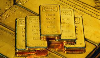 Giá vàng hôm nay 5/3: Giá vàng thế giới lao dốc, chạm đáy liên tiếp 5 tuần