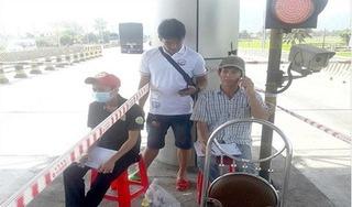 Phạt nặng hay khen thưởng những người đếm xe ở trạm BOT Ninh Lộc?