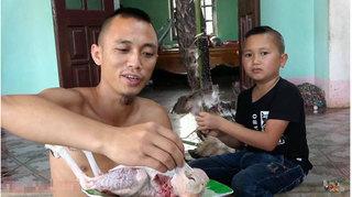 Công an vào cuộc xác minh 2 anh em làm thịt chim quý, quay clip đăng trên Youtube
