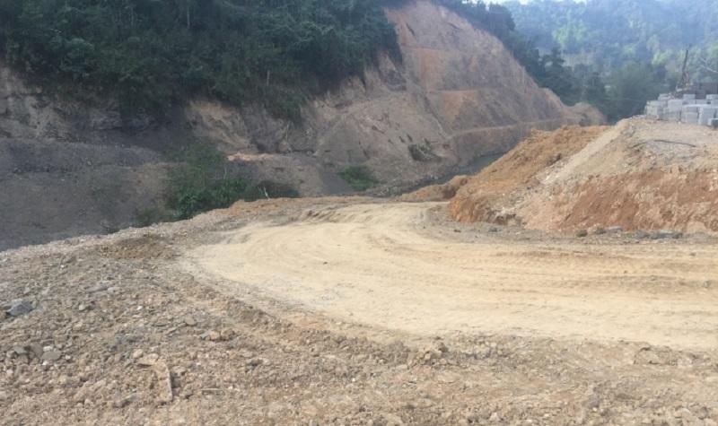 Bắc Kạn: Dự án thủy điện Pác Cáp đổ đất thải lấp sông bao giờ xử phạt?