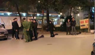 Hà Nội: Truy bắt đối tượng nổ súng đòi tiền bảo kê