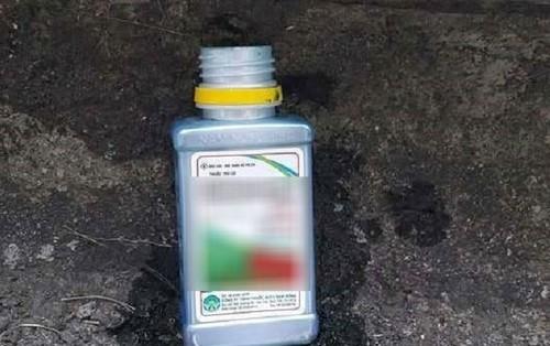 Hải Phòng: Bố cùng con trai uống thuốc diệt cỏ tự tử