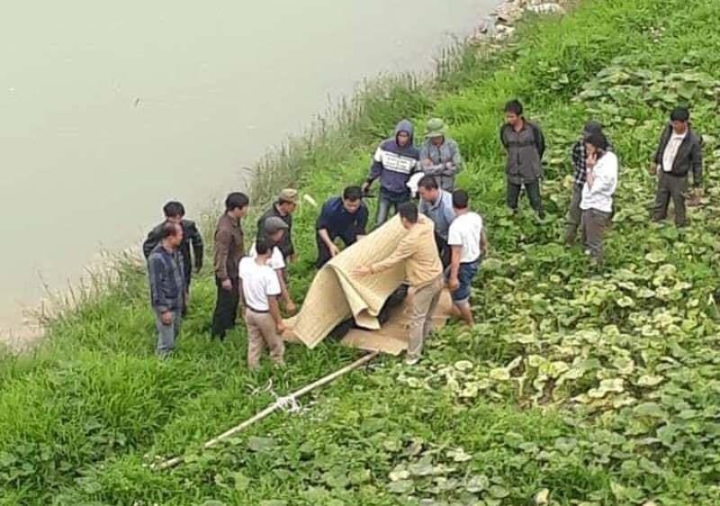 Thanh Hóa: Phát hiện thi thể nam thanh niên trôi trên sông Chu