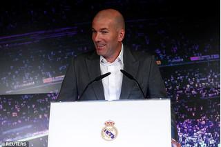 HLV Zinedine Zidane sẽ đưa Ronaldo trở lại Bernabeu?