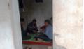 Thanh Hóa: Cán bộ say sưa đánh bài tại chốt kiểm dịch tả lợn châu Phi