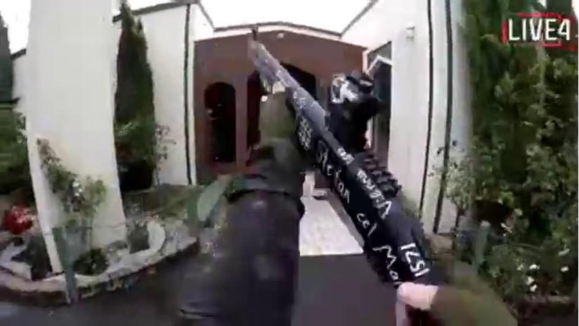 Livestream cảnh xả súng đẫm máu vào nhà thờ làm 40 người chết ở New Zealand