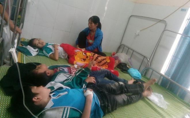 Thái Nguyên: Hàng chục học sinh nhập viện sau khi uống sữa miễn phí