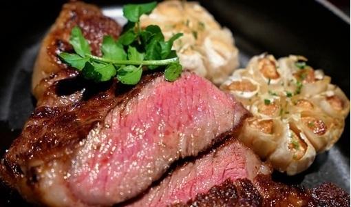 Những món ăn khoái khẩu tiềm ẩn nguy cơ cao mắc bệnh nhiễm sán