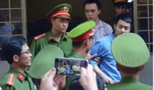 Sáng nay, xét xử vụ cụ bà 71 tuổi thuê người bắn trai trẻ ở Sài Gòn