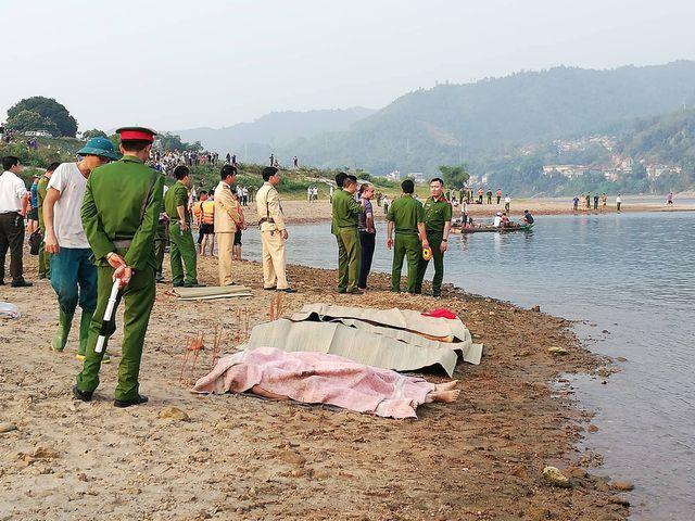 Hòa Bình: Nhóm học sinh đi tắm sông, ít nhất 8 em tử vong