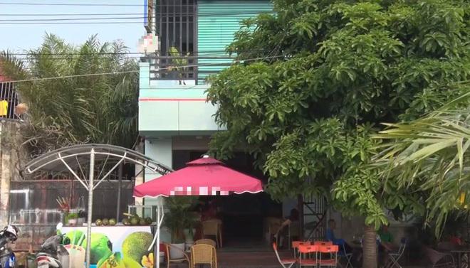 Thanh Hóa: Đang ngồi uống cà phê, một phụ nữ bị đâm chết