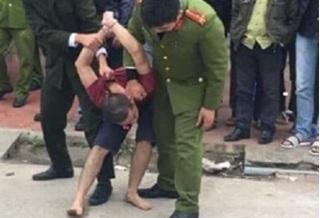 Hải Phòng: Xin bố đẻ 100 triệu không được, thanh niên đổ xăng định đốt nhà