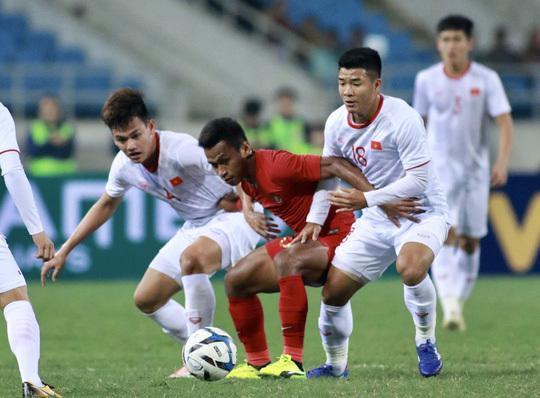 Đội tuyển U23 Việt Nam bộc lộ nhiều điểm yếu sau trận thắng chật vật trước đội tuyển Indonesia