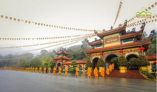 Quảng Ninh họp báo vụ 'thỉnh vong báo oán' tại chùa Ba Vàng