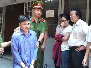 Gia đình la ó phản đối khi cựu thầy giáo sát hại vợ sắp cưới nhận án chung thân