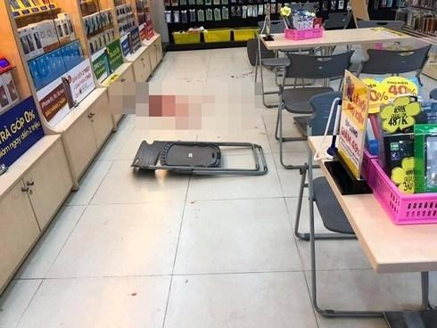 Thanh niên bị kẻ ngáo đá đâm trọng thương trong cửa hàng TGDĐ