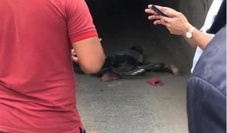 Hà Nội: Phát hiện thi thể người đàn ông trên đường nghi bị xe tông tử vong