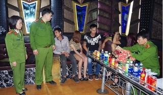 Hà Nam: Bắt quả tang nhóm đối tượng đang sử dụng ma túy đá trong quán karaoke