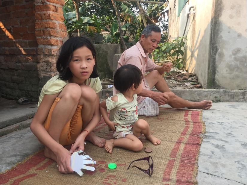 Vụ nữ sinh bị lột đồ, đánh hội đồng ở Hưng Yên