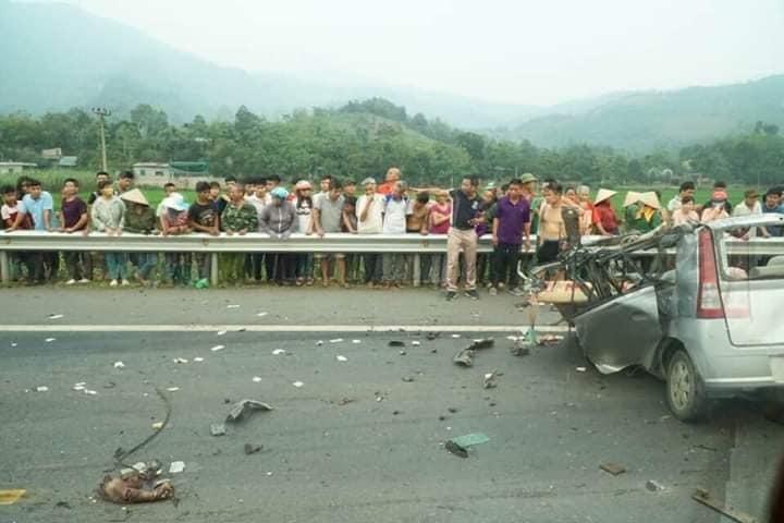 Xe ô tô va chạm trực diện xe ben ở Hoà Bình: Xác định danh tính các nạn nhân2