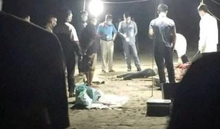 Phát hiện 2 thi thể phụ nữ buộc vào nhau bằng dây thừng dạt vào bờ biển