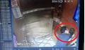 Gã đàn ông sàm sỡ bé gái trong thang máy ở TP HCM đã trở về Đà Nẵng