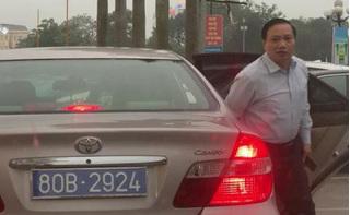 Ninh Bình lên tiếng vụ xe chở Phó Bí thư thường trực đeo 2 biển số xanh