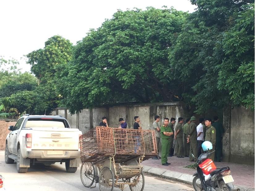 Công an bắt giữ đàn chó hung dữ cắn bé trai tử vong thương tâm ở Hưng Yên