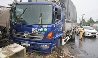 Tin tức TNGT ngày 5/4/2019: Xe tải tông sạp bán thịt chó, nữ tiểu thương tử vong