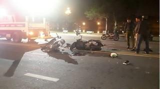 Tin tức TNGT ngày 8/4/2019: Ô tô tông trực diện xe tải, 3 người tử vong