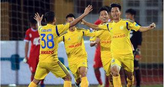Viettel 'đại chiến' Nam Định ở vòng 5 V.League: 'Những người khốn khổ' gặp nhau