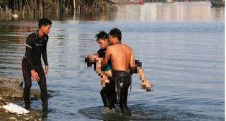 Thanh Hóa: Bị sóng biển cuốn ra xa, hai học sinh tử vong thương tâm