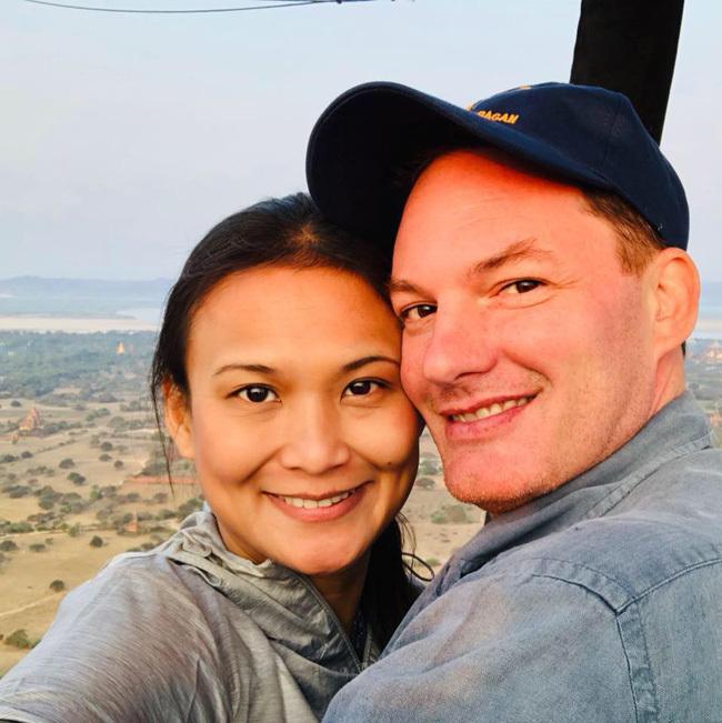 Vợ mới của chồng cũ Hồng Nhung khoe ảnh ngọt ngào bên nhau