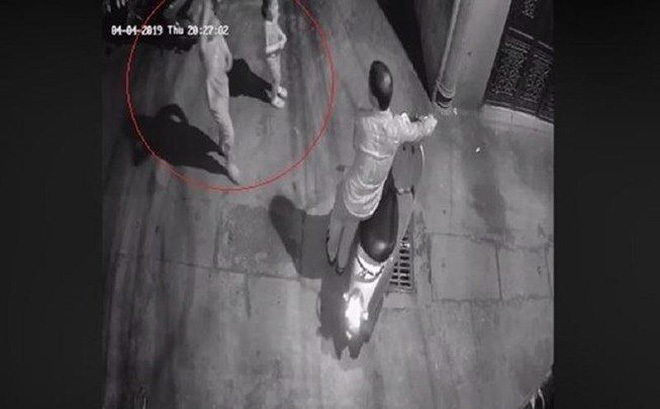 Đã tìm ra kẻ sàm sỡ hai bé gái trong ngõ tối ở Hà Nội