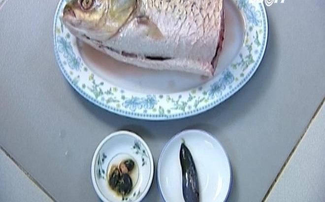 Nuốt mật cá trắm để nâng cao sức khỏe, người đàn ông suýt mất mạng 2