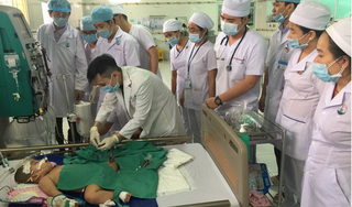 Bệnh nhân bị chân tay miệng độ IV được cứu sống thần kỳ