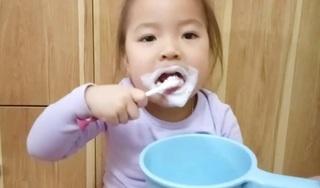 Phụ huynh hoang mang vì lời khuyên 'không nên súc miệng sau khi đánh răng'