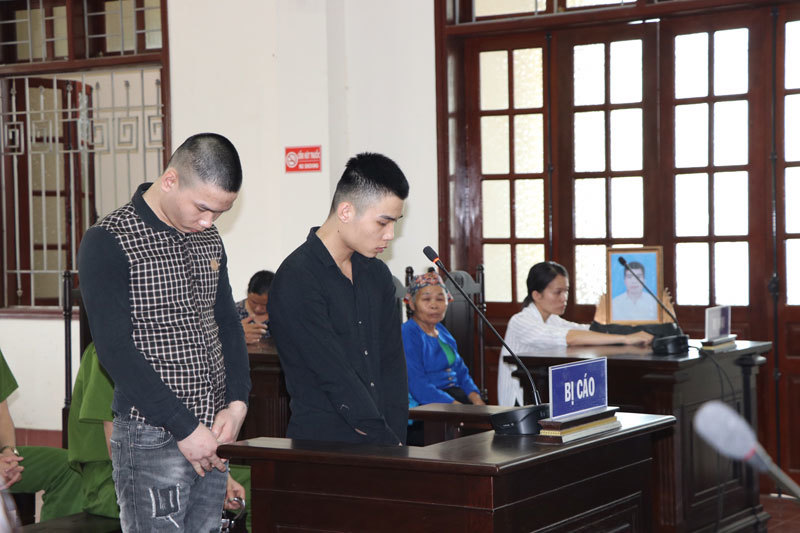 Án tử cho 2 đối tượng giết người, cướp taxi phi tang xác xuống đèo Đá Trắng