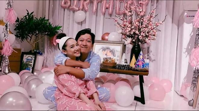 Mải chúc mừng sinh nhật Trường Giang, Nhã Phương vô tình để lộ tên thân mật của con gái ở nhà