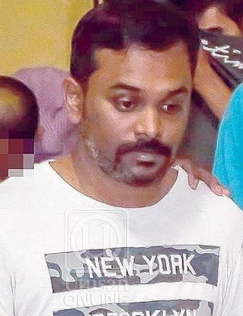 Gã trai 'máu lạnh' chở thi thể cô gái đến đồn cảnh sát đầu thú