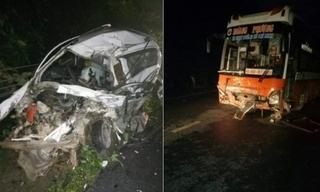 Xe con biến dạng sau cú tông trực diện xe giường nằm, 2 người tử vong