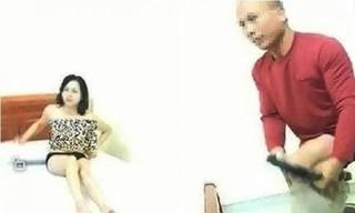Cô giáo khoả thân 'chữa sốt rét' cùng đồng nghiệp ở Lạng Sơn đòi nuôi 2 con nhỏ