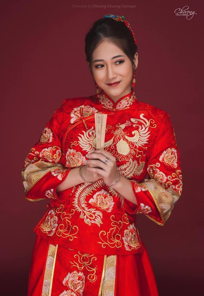 Hoàng Thùy Linh - hotgirl thay thế Trâm Anh trong Siêu quậy là ai?
